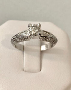 14K White Gold Custom Crafted Diamond Engagement Ring >A beauty