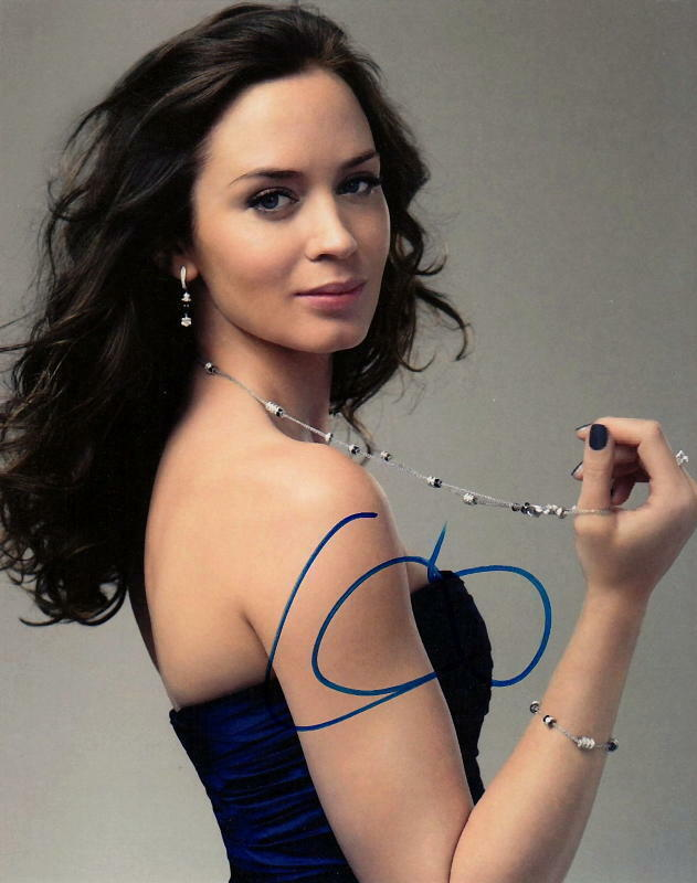 EMILY BLUNT.. Alluring Actress - SIGNED