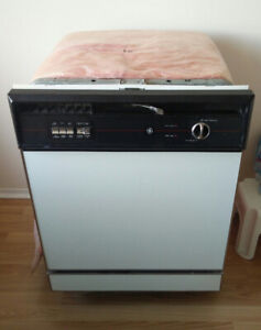 Free - GE Dryer and dishwasher in working condition