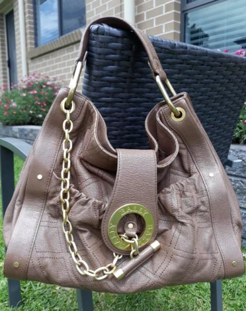 e10daf83d5 Genuine Bally designer leather bag priced to sell!