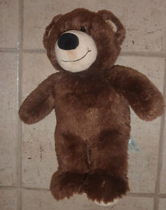 8 Built-A-Bear pets (3 bears, 3 dogs) $ 5 each or all for $ 30! Kitchener / Waterloo Kitchener Area image 6