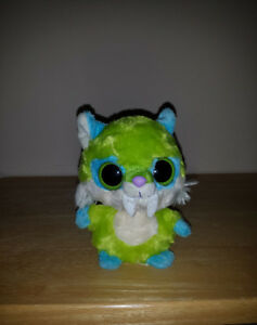 Toothee from Yoo Hoo& Friends : Plush Toy : Saber Tooth Tiger Cambridge Kitchener Area image 1