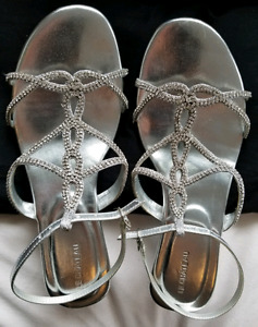 Grad Shoes Sparkly Wedge Size 9