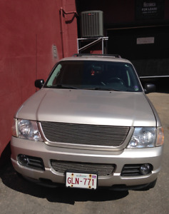2004 Ford Explorer Limited SUV, Crossover - 8 passenger
