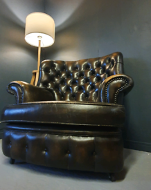 Brown Leather Mid Century Chesterfield Armchair Library Quuen Anne Win