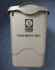 Large food waste bin