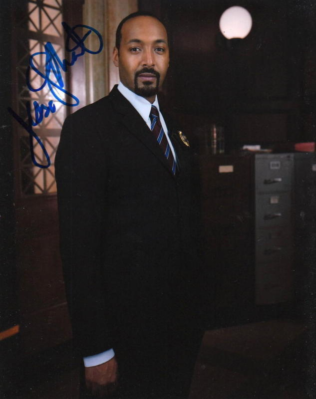 JESSE L. MARTIN.. Law & Order's Detective Green - SIGNED
