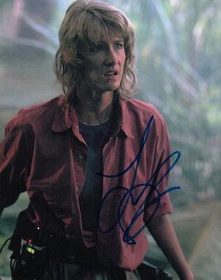 Laura Dern   Jurassic Parks Dr  Sattler   Signed