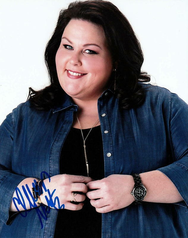 CHRISSY METZ.. This Is Us' Charming Kate - SIGNED