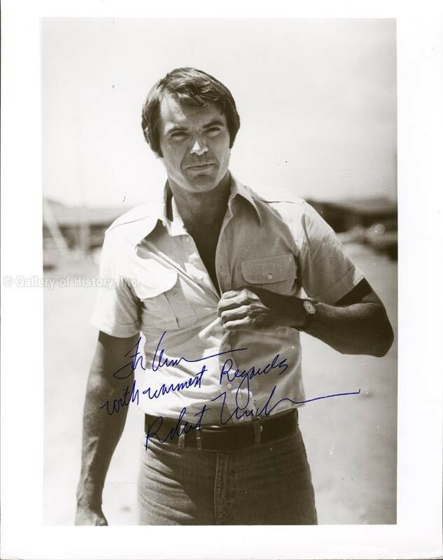 ROBERT URICH - INSCRIBED PHOTOGRAPH SIGNED