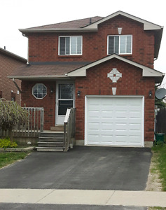 Southwest Barrie- 3 Bedroom home available July 1st