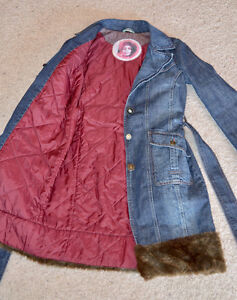 Ladies Denim Coat with Faux Fur Trim Edmonton Edmonton Area image 5