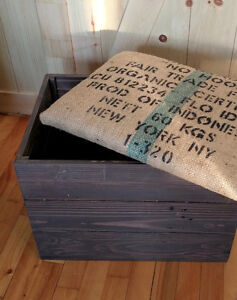 Wooden storage chest - rustic bench