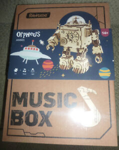 NEW in Box Musicbox Opheus Robotime