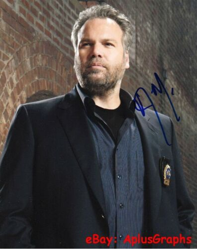 VINCENT D'ONOFRIO.. Law & Order: C.I.'s Bobby Goran - SIGNED
