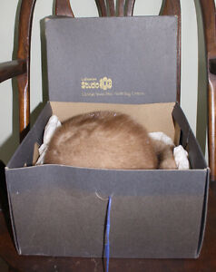 Lovely Women's Mink Fur Hat Size Large With Original Box London Ontario image 4