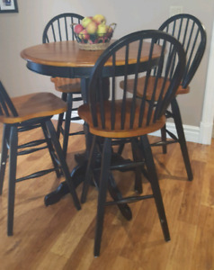 Pub/Bar height Table and 4 stools