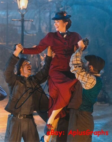 EMILY BLUNT.. Mary Poppins Returns' Beauty - SIGNED