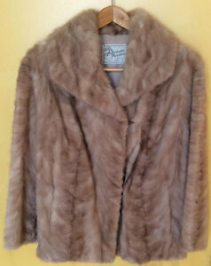 VINTAGE 1970'S HONEY BLONDE CLASSIC MINK JACKET, AMERICAN FURRIE