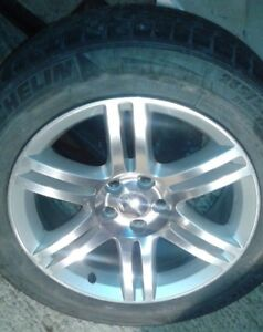 4 Roues Mags Dodge Charger 2011 + Pneus hiver 235/55R18