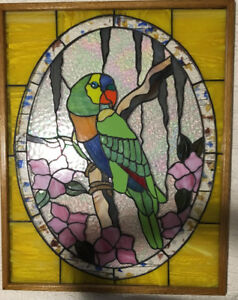 ~PARROT STAINED GLASS WINDOW ~