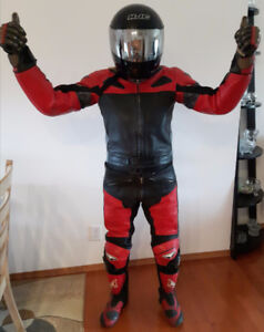 Now TEKNIC Schoeller 2 Piece Motorcycle Leathers Gloves & Boots