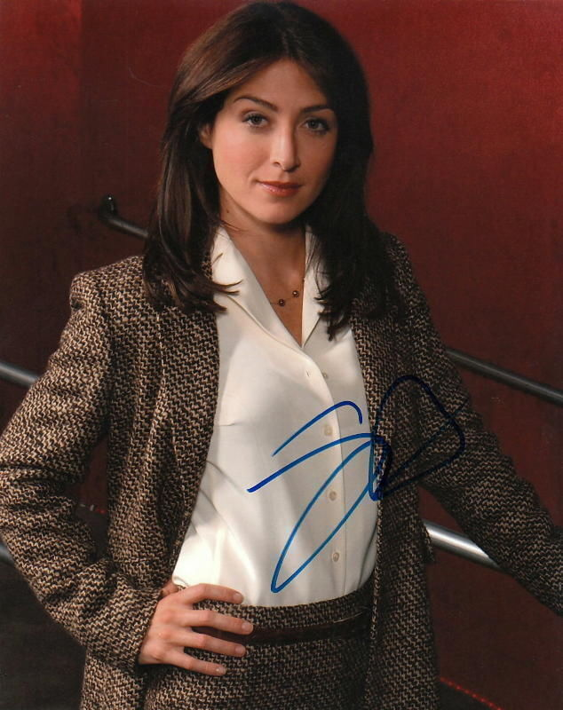 SASHA ALEXANDER.. NCIS's Agent Caitlin Todd - SIGNED