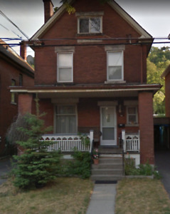 2 or 3 BEDROOM STINSON/ST.CLAIR BEAUTY! $1,650