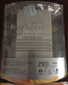 Seagate FreeAgent Go 250GB Portable External Hard Drive (NEW)