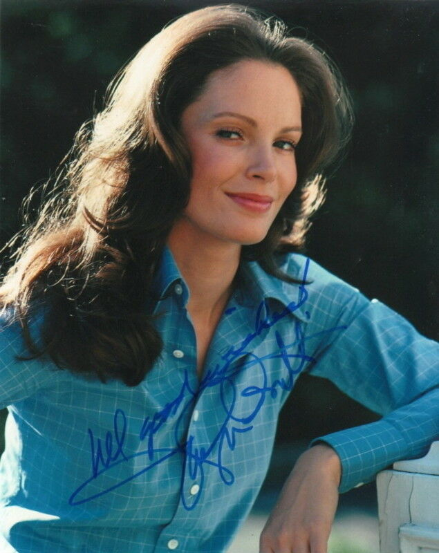 JACLYN SMITH.. Breathtaking Beauty (Charlie's Angels) SIGNED