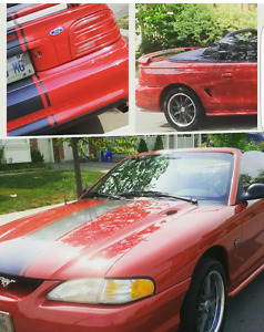 1994 Ford Mustang Convertible 5.0 L  GREAT SUMMER FUN