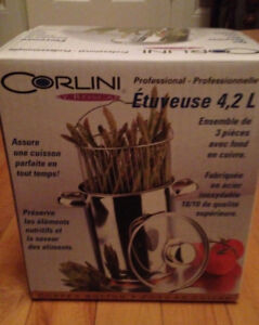 Corlini Vegetable Steamer and Chocolate Fondue Set