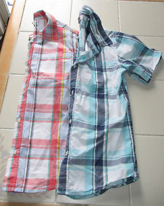 2x Boys plaid button up shirts from Old Navy in size 10/12
