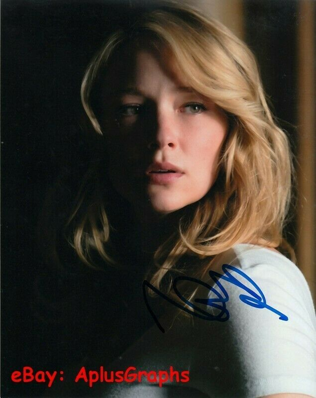 HALEY BENNETT.. The Girl On The Train - SIGNED