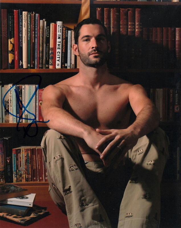 TOM ELLIS.. Sexy Shirtless Stud (Gay Int.) SIGNED