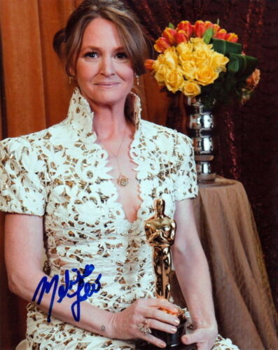 MELISSA LEO.. with Her Academy Award - SIGNED