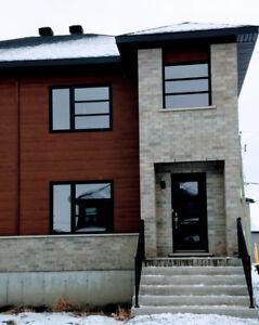 Envie d'une superbe maison neuve, 3 chambres et sous-sol ?