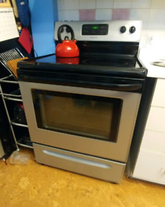 Stainless steel glass topped oven