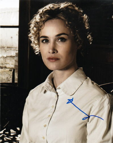 DOMINIQUE McELLIGOTT.. Alluring Actress (Hell On Wheels) SIGNED