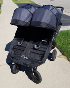 Baby Jogger City Mini GT Double (EXCELLENT condition)