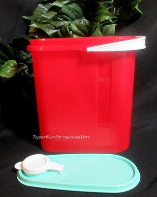 Tupperware NEW RED 2 Quart Beverage Buddy Slim Line Refrigerator Pitcher Handle ()