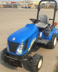 New Holand Boomer Tractor 1025 4wd
