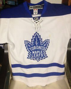Toronto Maple Leafs Phil Kessel Jersey (USED)