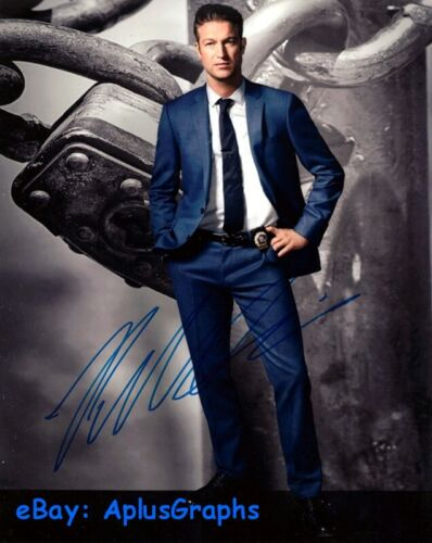 PETER SCANAVINO.. Law & Order: SVU - SIGNED