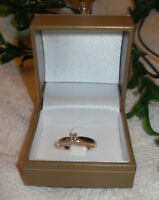 "10kt yellow gold ""Solitaire Diamond Engagement Ring"" - Size 7"