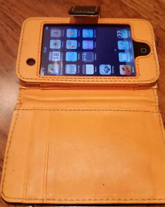 iPod Touch 2nd, 3rd + with case and cable