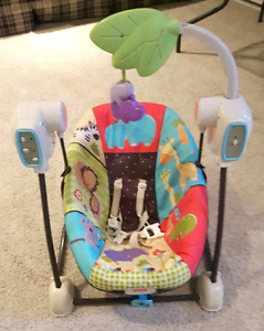 Fisher price floor model baby swing