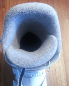 girl's ski boots Rossignol size 23.5 / 275mm Stratford Kitchener Area image 4