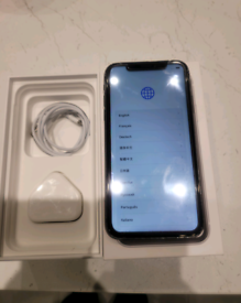 Iphone XR 64GB UNLOCKED TO ANY NETWORK EVERYTHING WORKING FINE