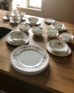 Set de vaisselle Royal Albert